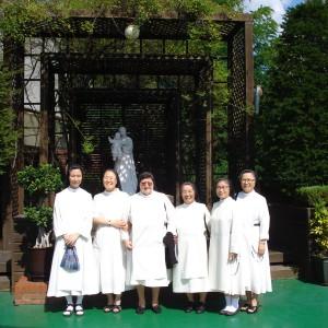 visita-priora-genera-septiembre-2014-corea-6